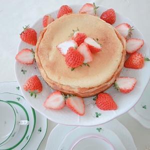 バレンタインチーズケーキ。。♡ ヘレンド ウィーンのバラでteatime。。♪