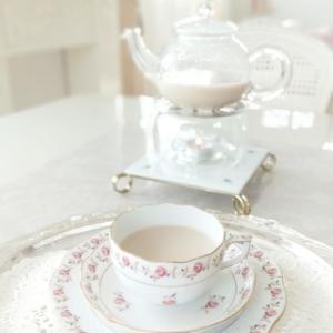 ほうじ茶ラテでteatime。。♡ 風通しの良いクローゼット。。♪
