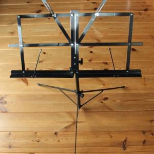 譜面台 Music stand