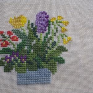 フレメの春花の寄せ植え(3)