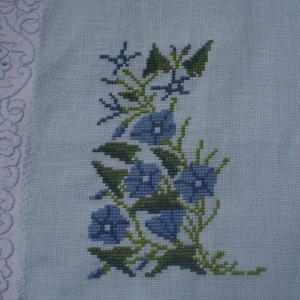 フレメ糸でブルーの花(1)