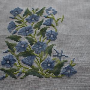 フレメ糸でブルーの花(2)