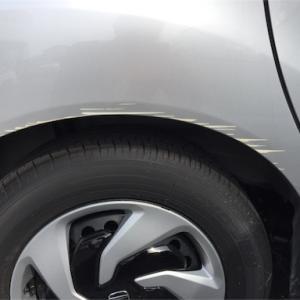 車を擦ったのでキズ消しセットを使ってみた。