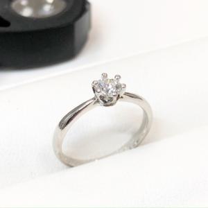 ダイヤ0.31ct・指輪のお買取♪