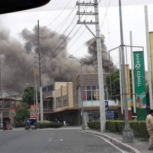 MARQUEE MALL FIRE マーキーモール火災発生