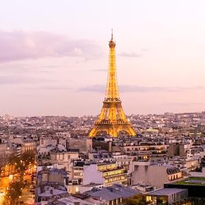 ★パリに行くなら一人旅?それとも仲間とワイワイ?♬