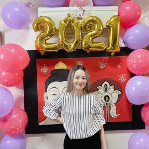 来週からシンガポールで新しい仕事を始める娘