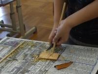 竹細工で箸作り