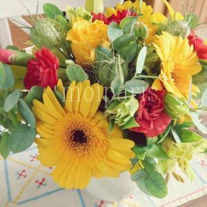 鮮やか色の花&アペロからデザートまでコース