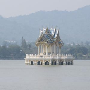 ホアヒンの海が絶景のお寺