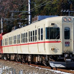 1001Fと併結して4連で運転された富士登山電車