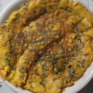 イタリア・ナポリの郷土料理「小松菜のイタリア風オムレツ」を作りました!