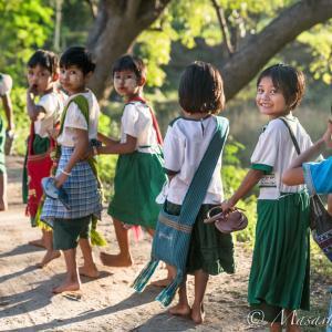 玄龍のミャンマーあるある!! 心温まる微笑みの仏教国