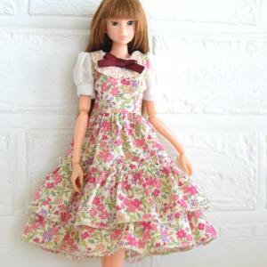 花柄のワンピース27cmドールサイズバージョン/札幌市でも桜を発見!
