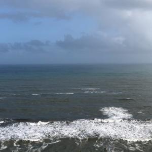 台風の影響を受ける銚子の海