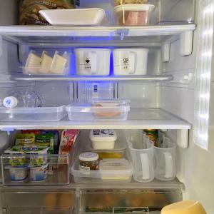 ニトリから100均へ。冷蔵庫収納結局元に落ち着きました!