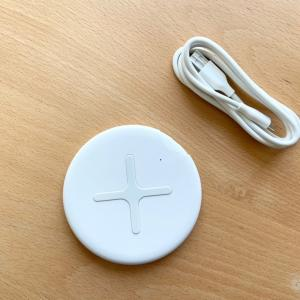 【無印良品】シンプルでスッキリ!スマートフォン用ワイヤレス充電器