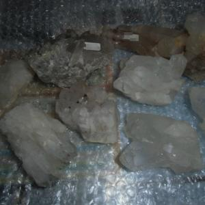 チベットからヒマラヤ水晶クラスターが到着(^^♪