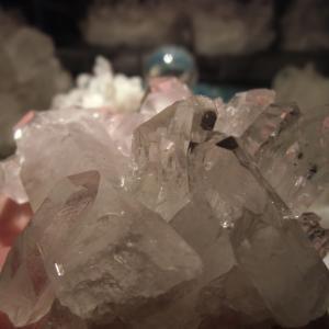 ブラジルから氷の結晶みたいな高透明水晶クラスター到着(^^♪