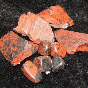 黒水晶の原石やモスコバイトなど入荷(^^♪