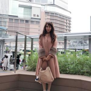 美魔女の大阪  経済セミナー(Japanese beauty witch in Osaka)