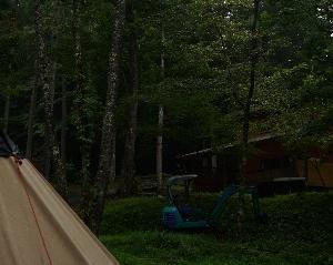 雨の朝のキャンプめし