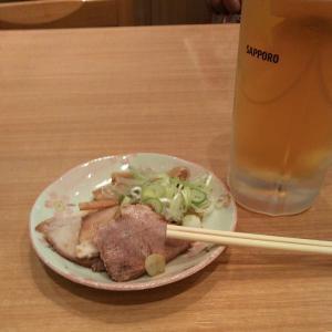 ちょい飲み〆のワンタン麺♡海の上ぷわ〜り☆