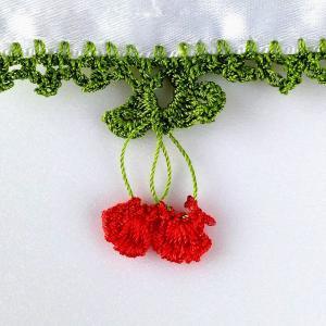 トゥーオヤ、ピコのついた縁飾り