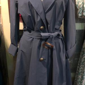今から着れるCOOLなコート〜〜〜        ゆっくり   イタリアブランド