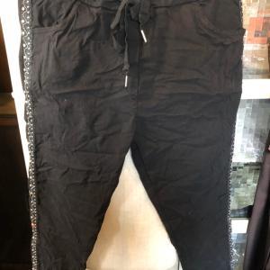 黒もありんす〜〜〜          ほんとによく伸びて履きやすい  ゆっくり   イタリア商品