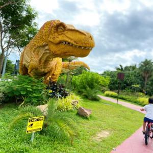 恐竜と飛行機みながら最高サイクリングコース