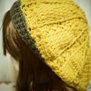 たまには気分転換も必要…!編み物してます。