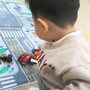 【1歳8ヶ月と22日目】線路のおもちゃを検討…