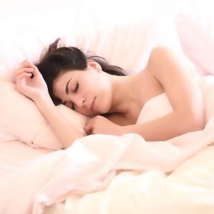 バストアップの為に睡眠の質を高めよう!