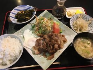 それにしても【生姜焼き定食】って、基準メニューだったか!