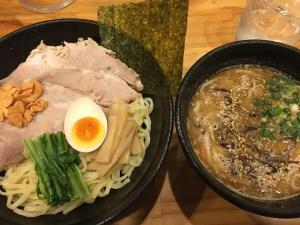 令和元年・霜月師走→ラーメン五番勝負(1)麺神