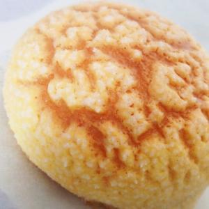 素敵な出逢いとご縁を繋ぐ☆柴崎町の焼き立てパン屋さんaurore(オーロール)さんの【黄金のメロンパン】