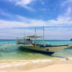 シリーズ・旅の空 @ フィリピン・ヴィサヤ・マラパスクア島 「ロゴン・ビーチ周辺で」
