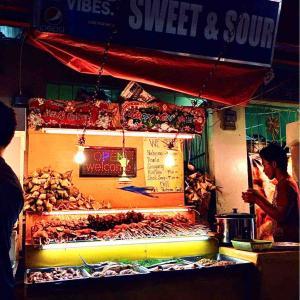 シリーズ・世界の市場(マーケット)から @ フィリピン・ビサヤ・セブ島セブ市 「LARSIAN(ラーシアン、BBQ屋台村)で」