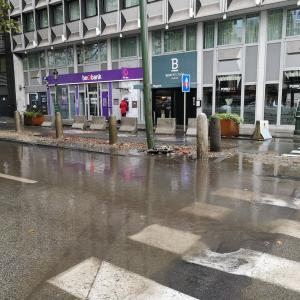 今年の10月は雨日スタート…
