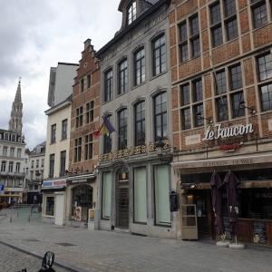 ベルギー全面閉鎖措置実行初日。ブリュッセルの街中の様子