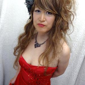 るみ史上、究極の女装です♡