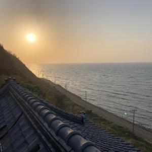 海を眺めて煙突工事