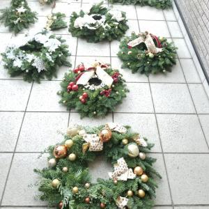 エミココクリスマスリースレッスン☆ラストレッスンのランチはエミココカレーでね