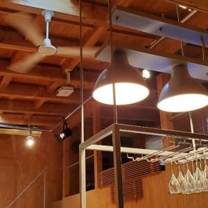 エミココガレージハウス☆リフォーム工事終盤。。床ペンキ塗り他テーブル&椅子の準備を。。