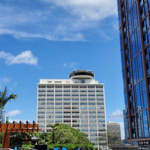 エミココハワイライフ☆日差しが明るすぎOne Ala Moanaの午後&チャイナタウンへ。。