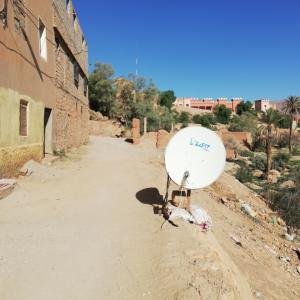 Tinghir(ティンジール)の町を散歩して地元の生活を垣間見る