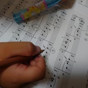 楽譜の読み方がはやくなってきました‼️