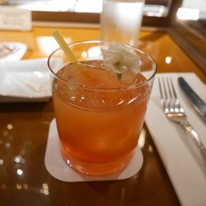 テディルーズベルトラウンジで桜のカクテルを味わう♪