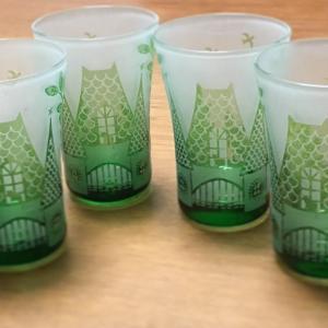 森のお家のグラス